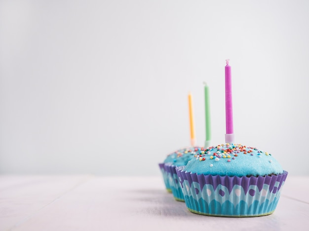 Cupcakes festivo con candele