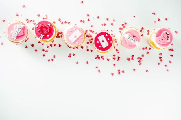 Cupcakes rosa e rosso di san valentino