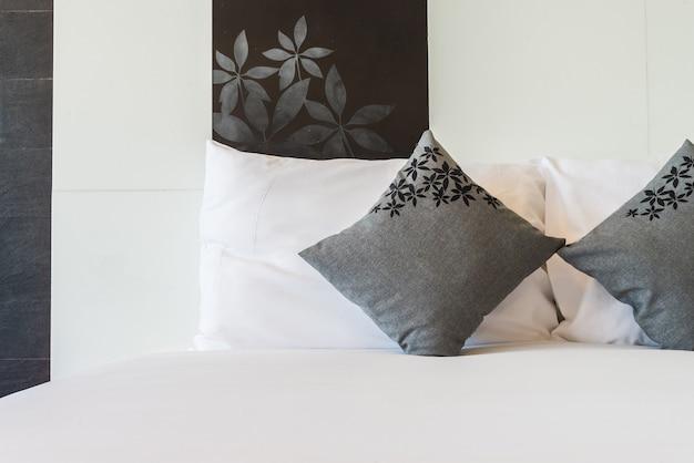 Cuscino del letto