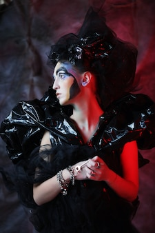 Dark beautiful gothic princess. festa di halloween.