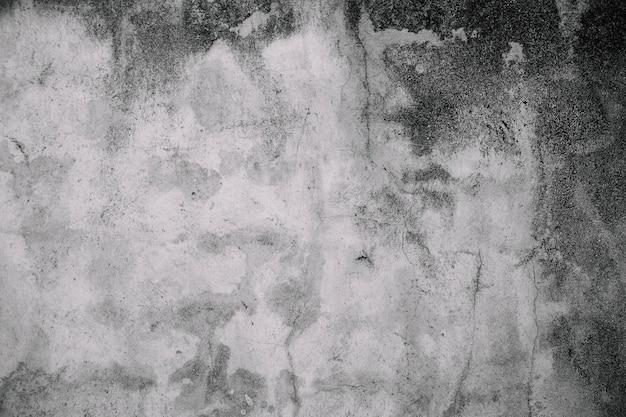 Decadimento vecchio muro bianco sporco con muffa