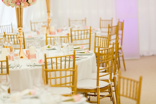Decorazione della tavola di nozze