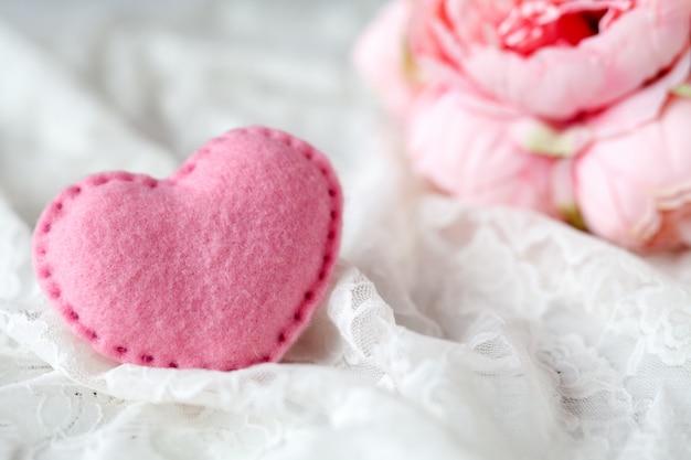 Decorazione di nozze in colore rosa