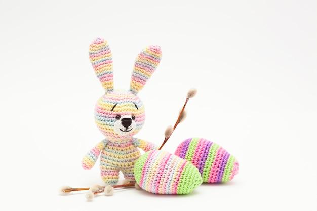 Decorazioni a maglia di uova, fiori, coniglietto. fatto a mano, amigurumi