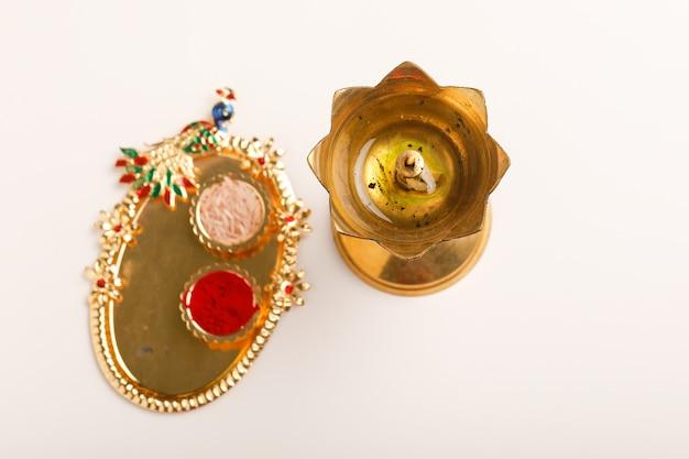 Decorazioni dorate per il diwali festival