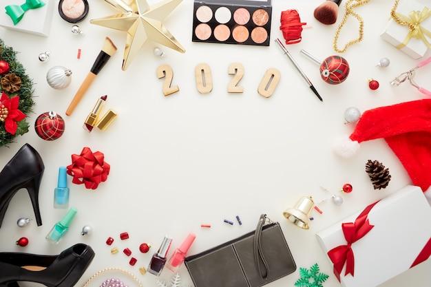Decorazioni natalizie confezione regalo e accessori cosmetici