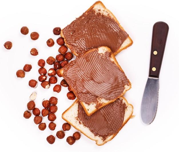 Deliziosa crema al cioccolato con toast