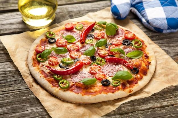 Deliziosa pizza fatta in casa