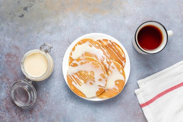 Deliziose frittelle con latte condensato