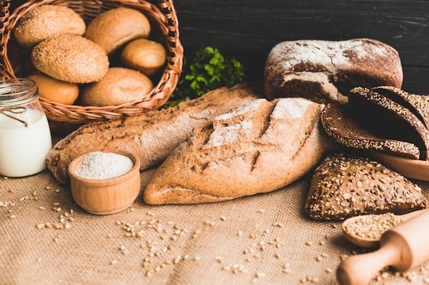 Deliziosi panini sani di pane