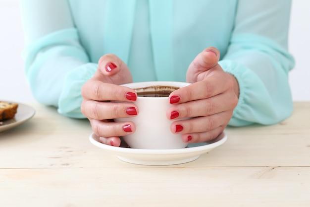 Delizioso caffè sul tavolo