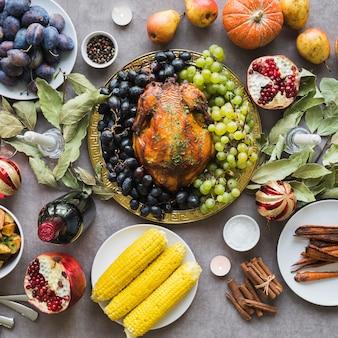 Delizioso cibo del ringraziamento sopra la vista