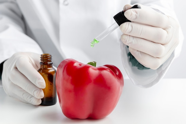 Delizioso peperone e prodotti chimici