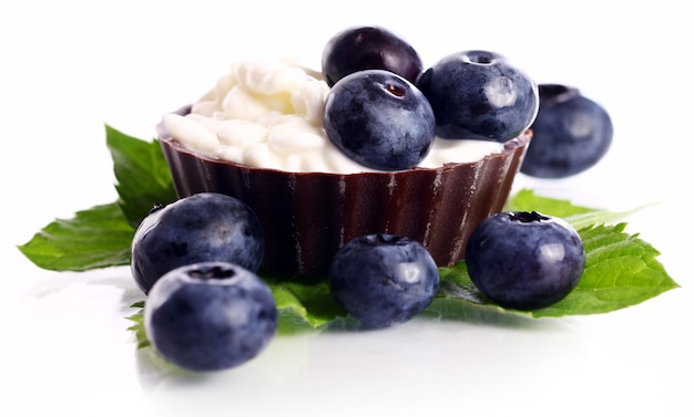 Dessert con mirtilli e ricotta