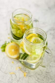 Detox acqua con cetriolo