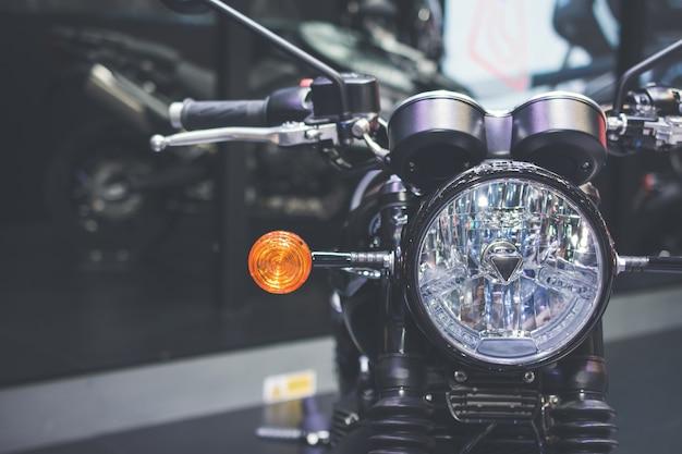 Dettagli anteriori della motocicletta