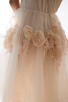 Dettagli del vestito della sposa