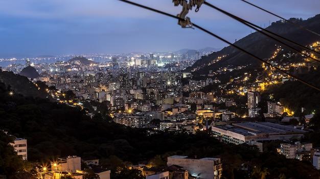 Dettagli della favela di catrambi a rio de janeiro - brasile