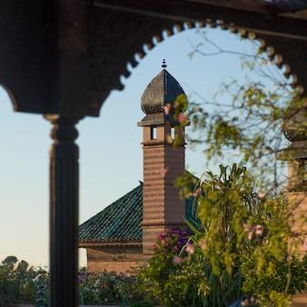 Dettaglio architettonico dell'hotel la sultana, medina, marrakech, marocco