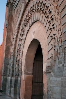 Dettaglio architettonico della porta bab agnaou, medina, marrakech, marocco