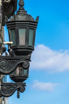 Dettaglio colpo della lampada antica street
