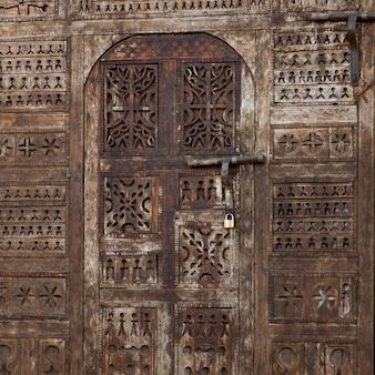 Dettaglio di una porta, ouarzazate, marocco