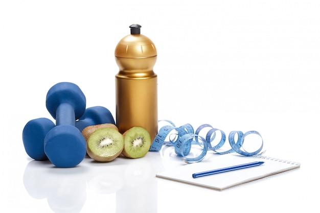 Dieta e disintossicazione. manubri, acqua di kiwi