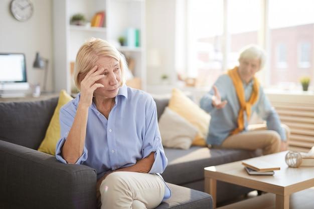 Discussione delle coppie senior
