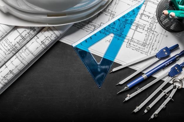 Disegni di pianificazione della costruzione sul nero