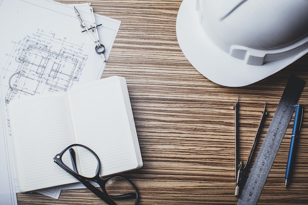 Disegni e strumenti del progetto, primi piani