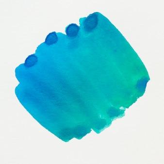 Disegno macchia blu acquerello su sfondo bianco