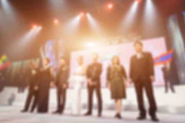 Disfocus del tema creativo della cerimonia di premiazione. sfondo per il concetto di business