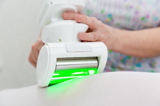 Dispositivo per la rimozione del grasso in eccesso.