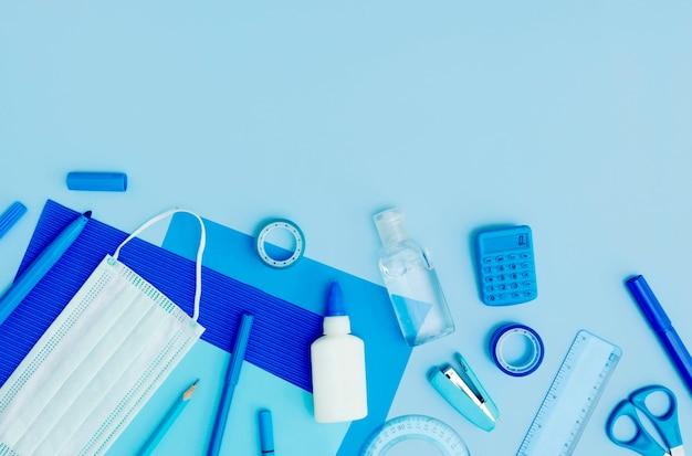 Disposizione del telaio dei materiali di consumo piatti