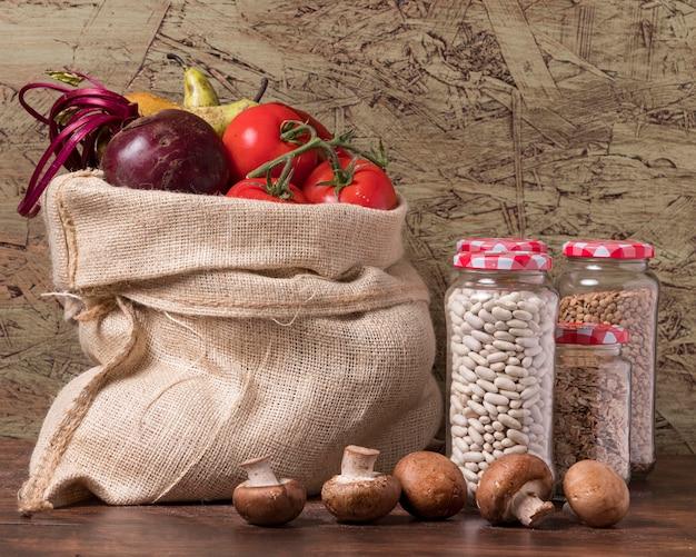 Disposizione della giornata mondiale dell'alimentazione con verdure