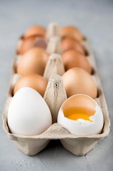 Disposizione delle uova design sfocato