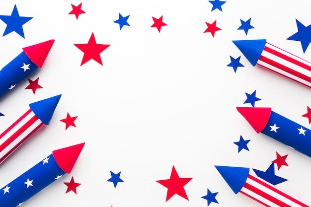 Disposizione piana dei fuochi d'artificio per il giorno dell'indipendenza con le stelle