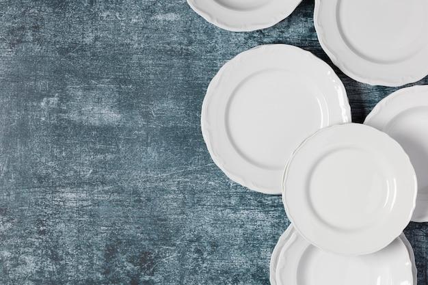 Disposizione piatta di piatti diversi con spazio di copia