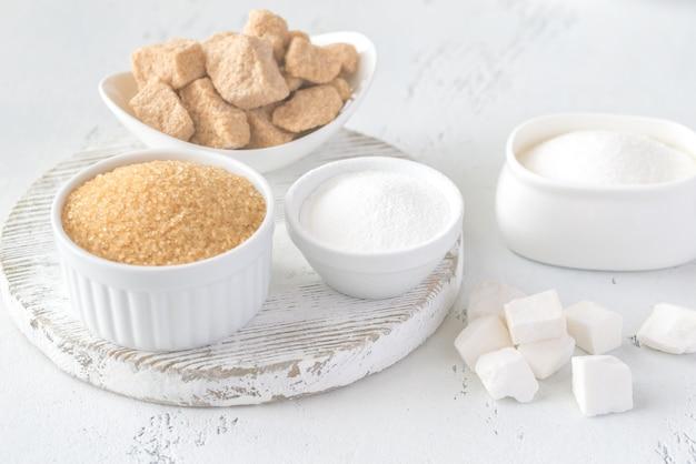 Diversi tipi di zucchero
