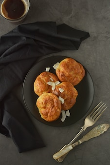 Dolci fatti in casa a base di farina di riso. cibo sano, concetto di dessert.