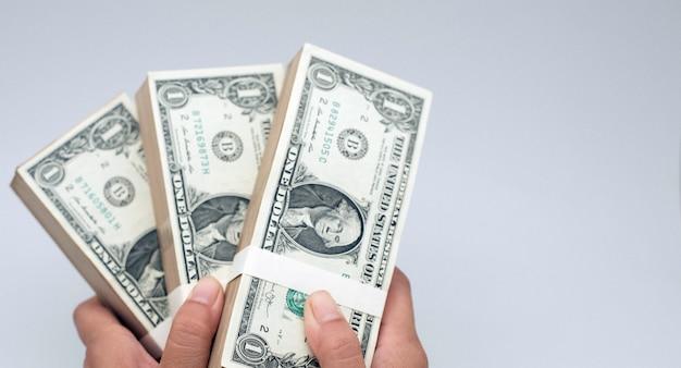 Dollari americani e carte di credito a pagamento