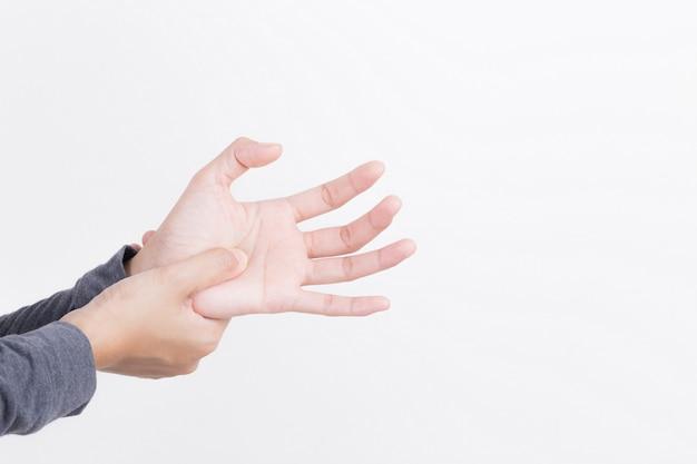 Dolore della mano della donna su fondo bianco