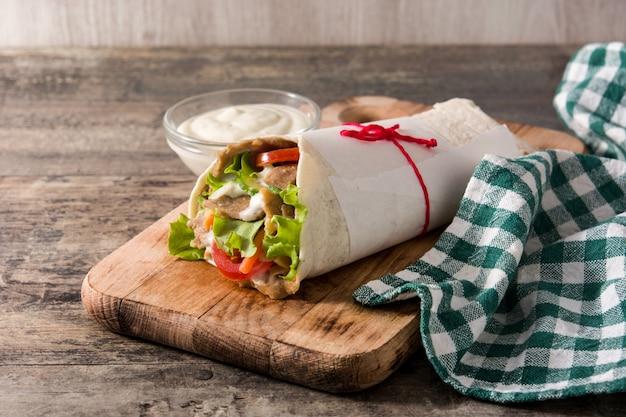 Doner kebab o panino shawarma