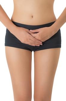 Donna che tiene la sua pancia nell'area di dolore isolata su fondo bianco