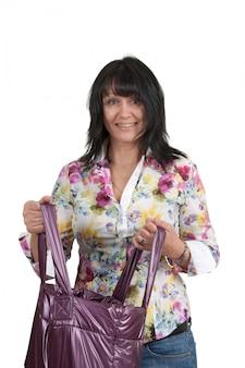 Donna con una borsa isolata