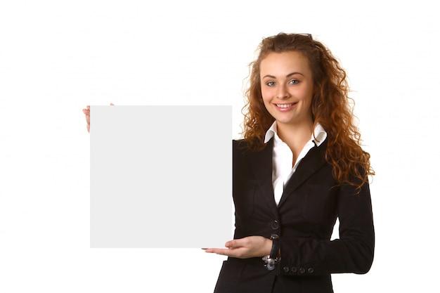 Donna d'affari con cartello bianco
