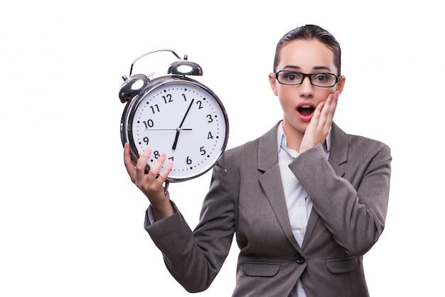 Donna di affari con l'orologio nel concetto di affari