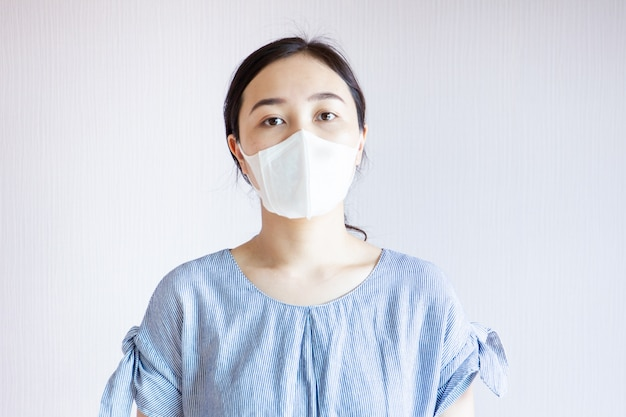 Donna inquinata.