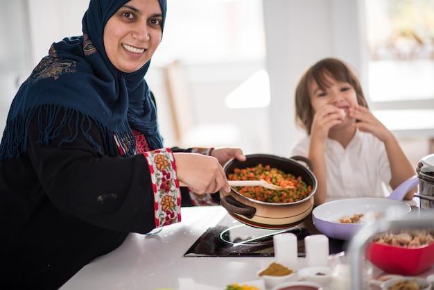 Donna tradizionale musulmana