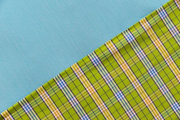 Doppio materiale in tessuto verde e blu